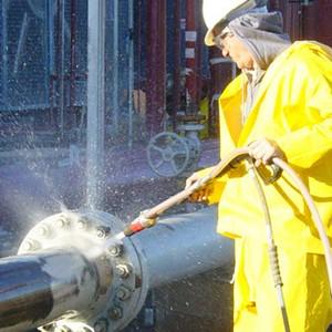 Hidrojateamento industrial com abrasivo
